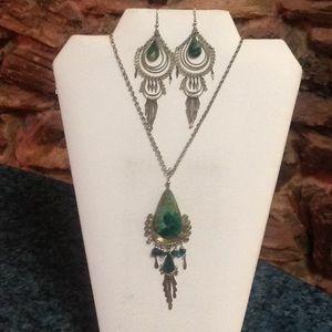 Jewelry - Boho necklace & pierced earring set